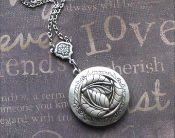 Silver Locket Necklace - Enchanted Falling Leaves - By TheEnchantedLocket