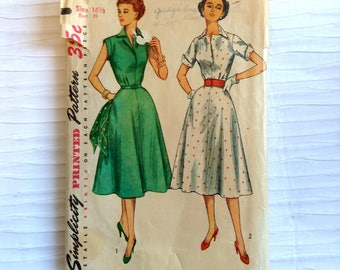 Vintage 1950 Day Dress sewing pattern.   Simplicity.   Misses Size 16 1/2.   Bust size 35.  No. 4284.