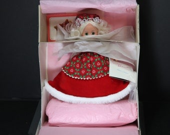1993, Mrs. Claus, Madame Alexander Dolls, Madame Alexander Doll Vintage, NRFB