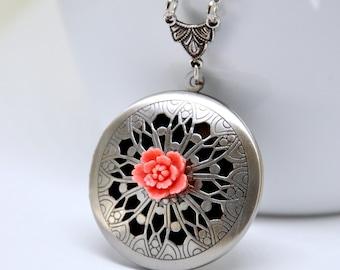 Coral Pink Flower Locket Necklace, Antique Silver Locket, Filigree Locket, Daisy Flower Locket, Flower Necklace, Floral Scent Locket Pendant