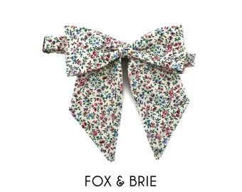 Prairie Floral Pussybow Lady Bow Tie
