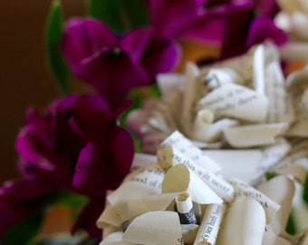 Love Poems Paper Flowers - Romantic Paper Roses Made From the Poetry of John Keats