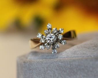 VINTAGE Floral halo design engagement ring, 2 tone, fire works, snow flake halo