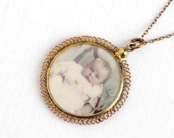 Sale - Antique Edwardian Photographic Locket Pendant Necklace - 1900s Baby Woman Photographs Screw Top Filigree Keepsake Sentimental Jewelry