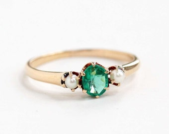 Antique 14k Rosy Yellow Gold Green Garnet & Seed Pearl Ring - Vintage Size 6 Antique Edwardian Early 1900s Green Gemstone Fine Jewelry