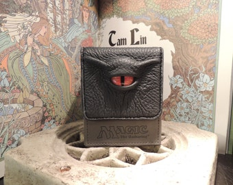 Magic the Gathering Deck Box (Grey with Orange Eye)