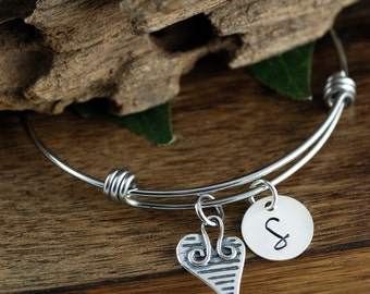 Personalized Initial Bracelet, Initial Charm Bracelet, Initial Mom Bracelet, New Mom Bracelet, Gift for Friend, Daughter GIft, Bridal Gift