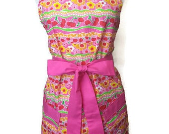 Cute Apron with pockets, Pink and Red floral, Full Hostess Apron, aprons for women, Christmas gift, flirty grilling apron, kitchen apron,