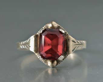 1940's Garnet January Birthstone Silver/Gold Vermeil Czech Ring- size 7.25 Marked for Sterling