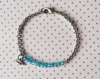 Minimalistic sparkling blue lucky charm bracelet - free worldwide shipping