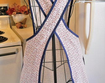 Old Fashioned Vintage Style Full apron with a Crossover Back