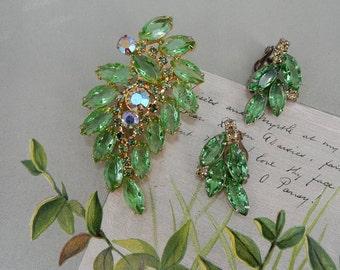 Vintage Aurora Borealis and Green Rhinestone Leaf Brooch & Earrings Set    OV14