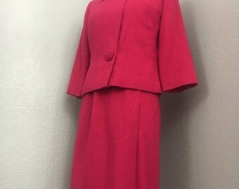 Vintage early 1960s womens fuchscia pink woven skirt suit sz XS/S