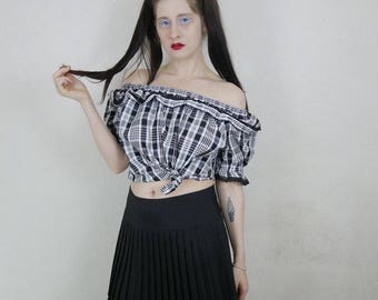 70s lil vtg black and white plaid polyester off shoulder top