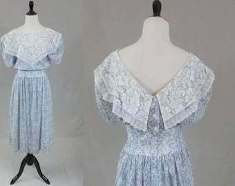 80s Gunne Sax Dress - Blue White Floral Print - Big White Lace Collar - Puff Sleeves - Drop Waist - Full Skirt - Vintage 1980s - S M
