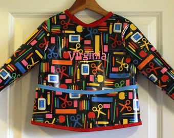Classic Length Childrens Long Sleeved Art Smock Painting Smock in Black Art Supplies Print