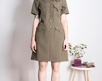 SAMPLE SALE! Size M 70s beagle olive mod dress