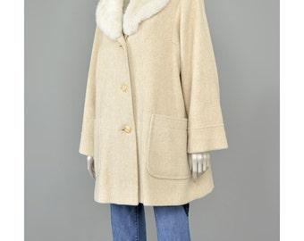 SALE! Rabbit Fur Collar Coat • Cream Wool Coat • Vintage 70s Coat • Womens Winter Coat • 1970s Coat • Oversize Cocoon Coat • Swing Coat M/L