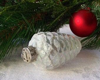 Vintage Pinecone Glass Ornament White Pinecone White Sparkly Glitter Ornament Christmas Tree Glass Ornament Holiday Ornament 1980s