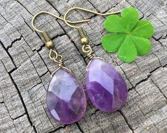 Amethyst Gemstone Teardrops . Earrings