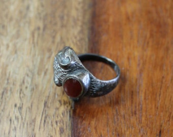 Vintage 90s Squirrel Ring with Stone
