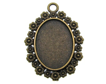 Bezel / Cabochon Setting : 10 Antique Bronze Floral Pendant Settings / Oval Cameo Settings * Holds 18x25mm Cabochon-- 11104.H3J