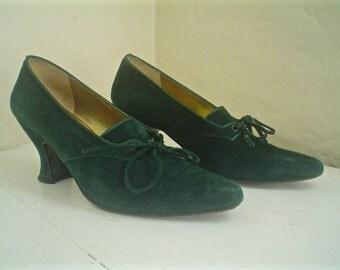 Vintage Anne Klein Oxford Heels Gorgeous Green Suede Shoes Size 6