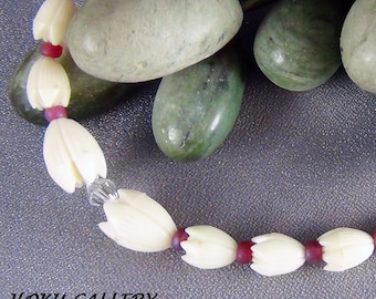 """Children's Necklace  - Vintage Resin Pikaki Beads from Hawaii, Frosted Red Glass Seed Beads - 12 1/2"""" + 2"""" - Hand Crafted Artisan Jewelry"""
