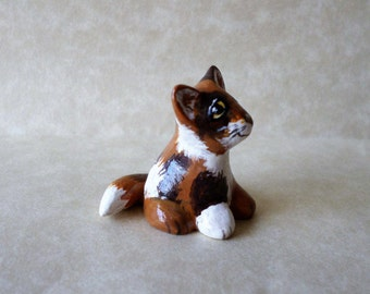 Calico cat, Miniature cat figurine, cat totem, hand sculpted clay, small cat figurine # 117