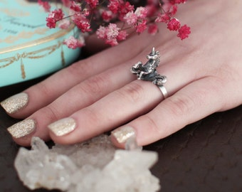 Silver Unicorn Ring, Horse Jewelry, Gothic Ring, Fairy Tale Ring, Kawaii, Fantasy, Bague Licorne, Perfect Gift, Silver Unicorn Jewelry Tiny