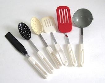 Bonny Plastic Spatula, Spreader, Spoon 1980s Vintage Kitchen Utensils Plastic Metal