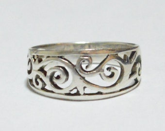 SALE Vintage Sterling Silver Filigree Waves Band Size 7.5