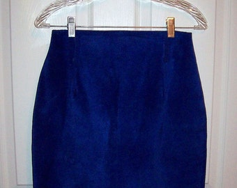 Vintage Ladies Royal Blue Suede Skirt by Compagnie International Express Size 9/10 Only 12 USD