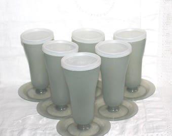 Tupperware parfait cups, set of 6. Ice cream dishes, sundae dishes