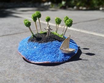 island brooch, silver brooch, miniature, island, blroche de plata, isla, broche de isla, miniatura, silver, plata