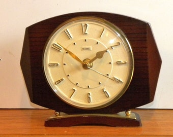 Metamec Vintage Clock - Mantel Shelf Clock - Recycled Battery Metamec Clock
