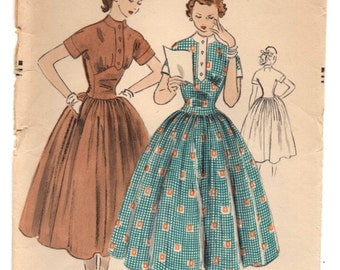"""1950's Vogue One-Piece Dress with full skirt and short kimono sleeves - Bust 29.5"""" - No. 3528"""