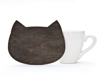 Wooden Coaster, Wooden Serving, Black Cat Сoaster for Сups, Black Kitchen Accessory, Housewarming Gifts, Cute Table Wear, Black Home Decor