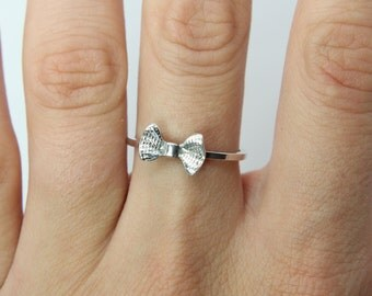 Bow ring - Sterling silver ring '' Bow '' Knuckle ring - jewelry - gift - present - Bow silver ring - delicate ring - stacking ring - bow