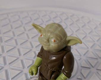 Star Wars: The Empire Strikes Back ~ Yoda, The Jedi Master by Kenner (1980)