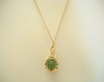 "Vintage Caged Jade Pendant Necklace (6334) 12KGF 18"" Chain"