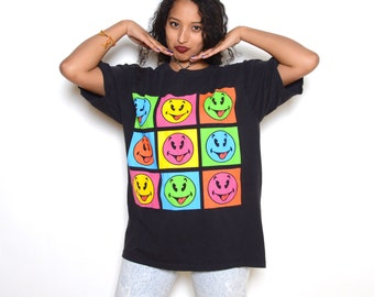 Vintage 90's Oversized Smiley Face Tee Sz XL
