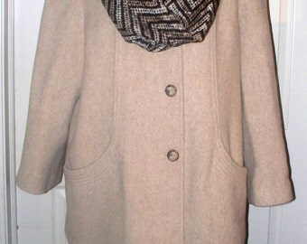1960s Herman Kay Wool Coat - Beige  - Three Quarter Length - Side Pockets - Made in USA - Size 12P