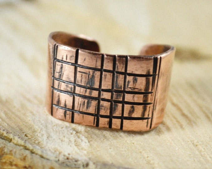 Mens signet, copper signet ring, man ring, unique ring, hammered stack ring, mens jewelry, man gift, jewelry for man, guys jewelry, signet