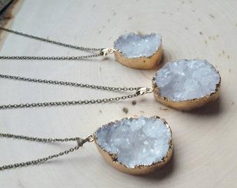 Large Geode Necklace, Quartz Geode Jewelry, Druzy Necklace, Druzy Quartz Necklace, Geode Gift, Quartz Necklace, White Geode Necklace, Geode