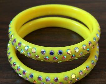 Yellow Lucite Bangle Set,  Aurora Borealis Rhinestoens, Neon Yellow Luciet bangles, AB Rhinestone bangle Set, Bright Yellow Lucite bangles