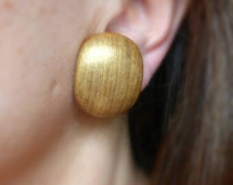 Gold shimmer green wood clip on earrings , Eco friendly large non pierced earrings for her , Wooden jewelry retro gift for wife Й11