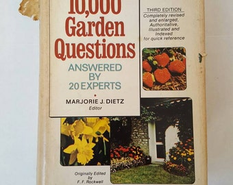10,000 Garden Questions Answered by 20 Experts book 1974