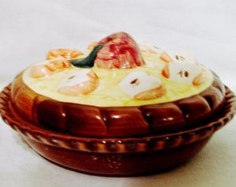 Apple Pie Keeper-Individual Size Decorative Ceramic Design-Safe Temperatures-China 1996 ABC