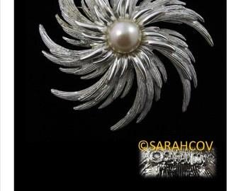 Sarah coventry pin Etsy